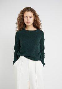 DRYKORN - TIMIRA - Sweter - dark green - 0