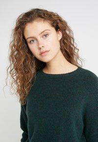 DRYKORN - TIMIRA - Sweter - dark green - 3
