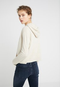 DRYKORN - PICA - Pullover - oat - 2