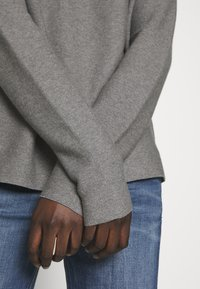 DRYKORN - MAILA - Pullover - light grey melange - 5