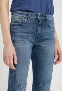 DRYKORN - STRICT - Jeansy Slim Fit - blue - 6