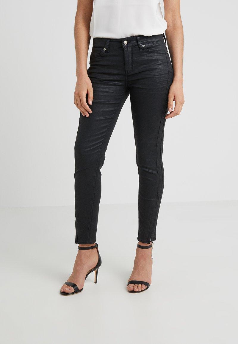 DRYKORN - TACKLE - Jeans Slim Fit - schwarz