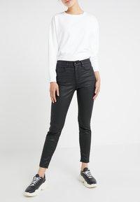 DRYKORN - WET - Jeansy Skinny Fit - black - 0