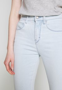 DRYKORN - WET - Jeans Skinny Fit - light blue denim - 3
