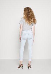 DRYKORN - WET - Jeans Skinny Fit - light blue denim - 2
