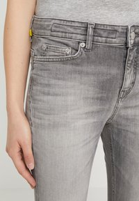 DRYKORN - NEED - Jeans Skinny - grey denim - 6