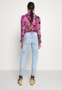 DRYKORN - LIKE - Jeans Relaxed Fit - blue denim - 2