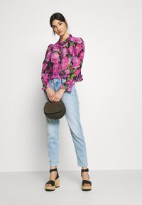 DRYKORN - LIKE - Jeans Relaxed Fit - blue denim - 1