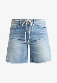 DRYKORN - BUMBLE - Szorty jeansowe - light denim - 3