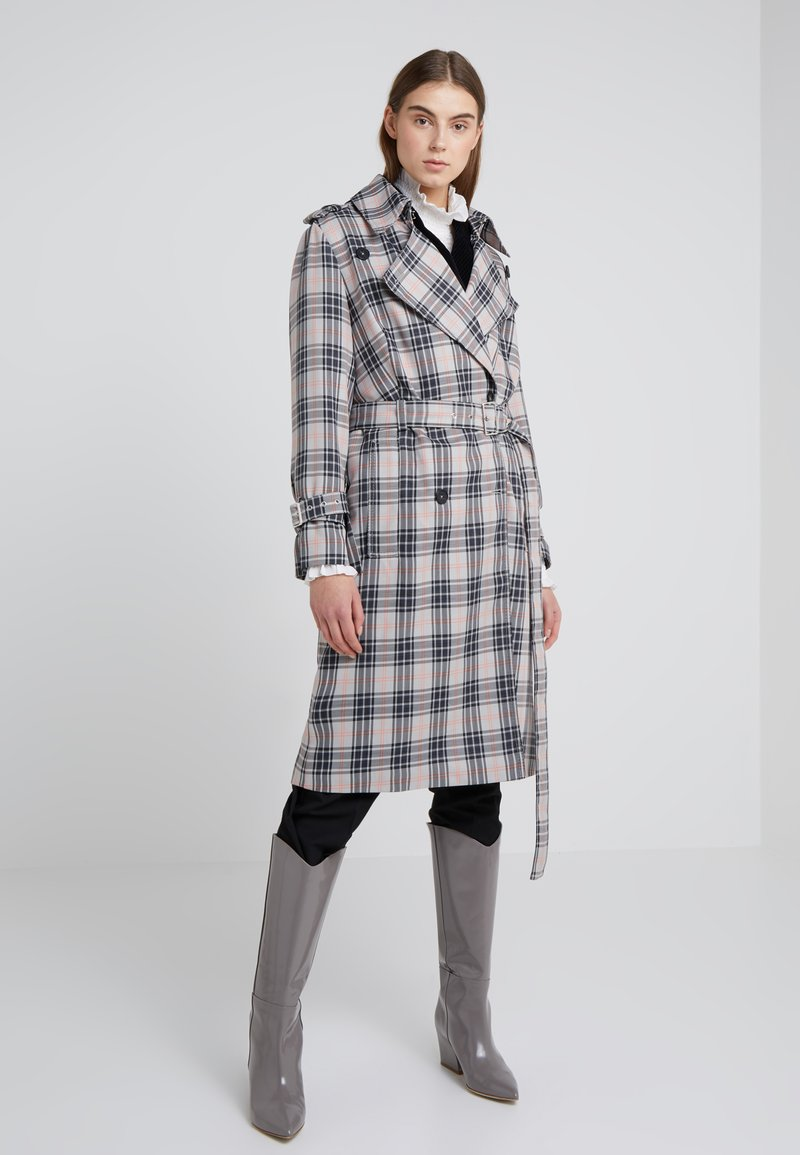 DRYKORN - JUMBER - Trenchcoat - grey/orange