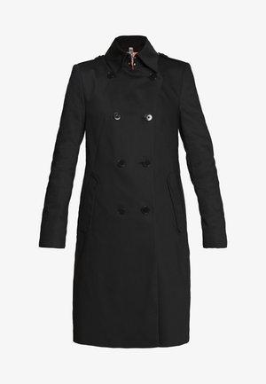 BUCKEY - Zimní kabát - black