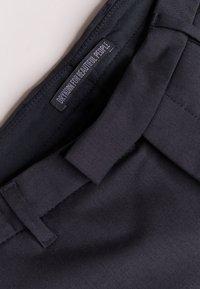 DRYKORN - TYLD - Pantalon de costume - black - 3