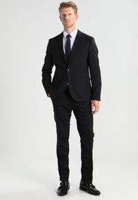 DRYKORN - LEWIS - Colbert - black - 1