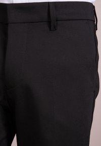 DRYKORN - SIGHT - Pantalon de costume - black - 5