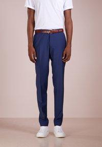 DRYKORN - FOOT - Oblekové kalhoty - blau - 0