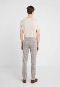 DRYKORN - SIGHT - Pantalones - beige - 2