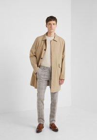DRYKORN - SIGHT - Pantalones - beige - 1