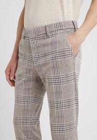 DRYKORN - SIGHT - Pantalones - beige - 3