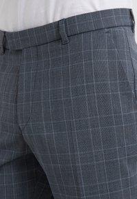 DRYKORN - PIET - Pantaloni eleganti - royal - 4