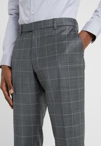 DRYKORN - PIET - Pantalon de costume - anthracite - 4