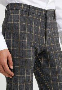 DRYKORN - SIGHT - Pantalon de costume - anthracite - 3