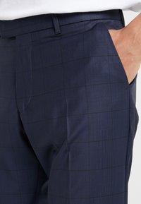 DRYKORN - PIET - Oblekové kalhoty - navy - 3