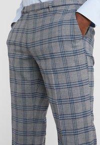 DRYKORN - FOOT - Suit trousers - dark grey - 6