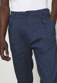 DRYKORN - CHASY - Trousers - blue - 3