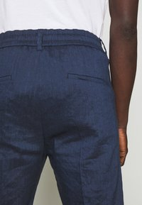 DRYKORN - CHASY - Trousers - blue - 5