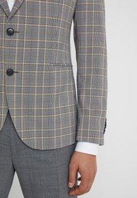 DRYKORN - IRVING - Chaqueta de traje - grey/yellow - 4