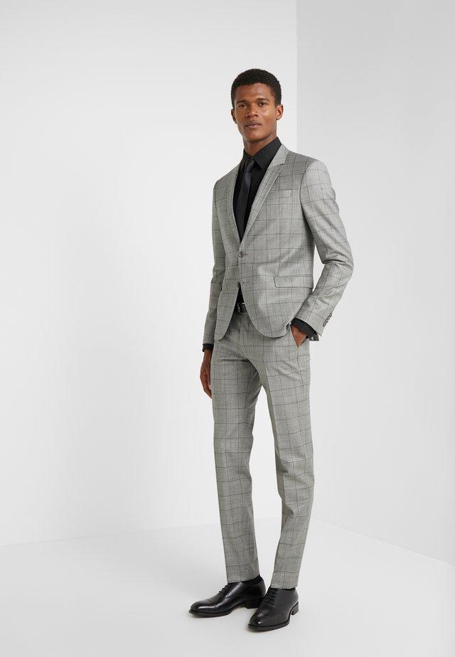 OREGON - Dress - grey