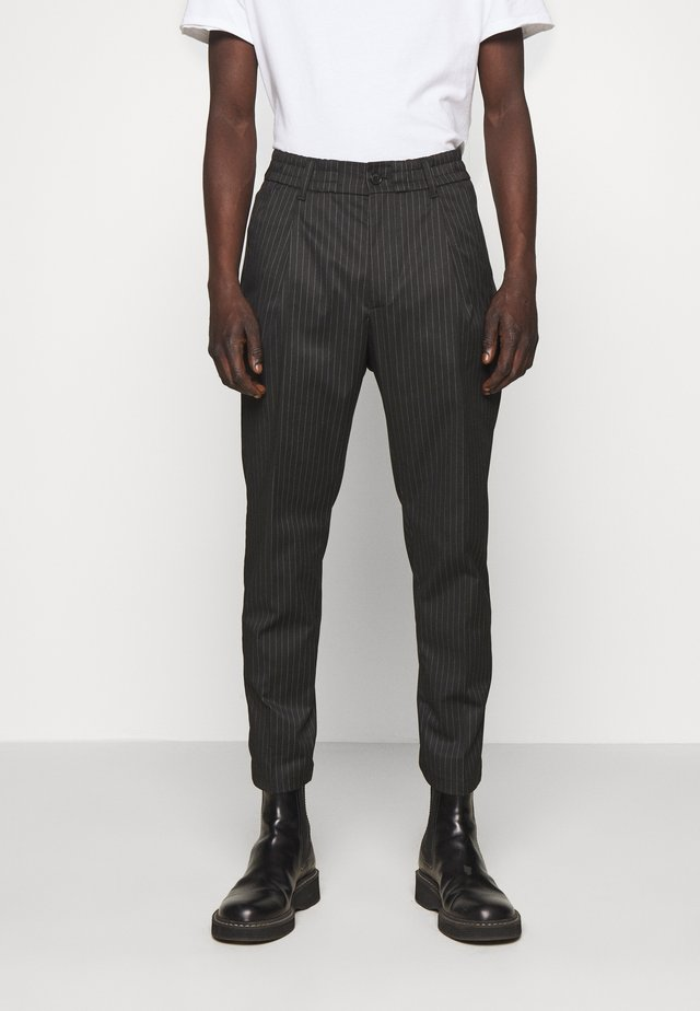 CHASY - Suit trousers - schwarz