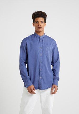 DONNY - Koszula - blau