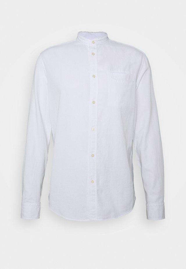 DARYL - Skjorter - weiss