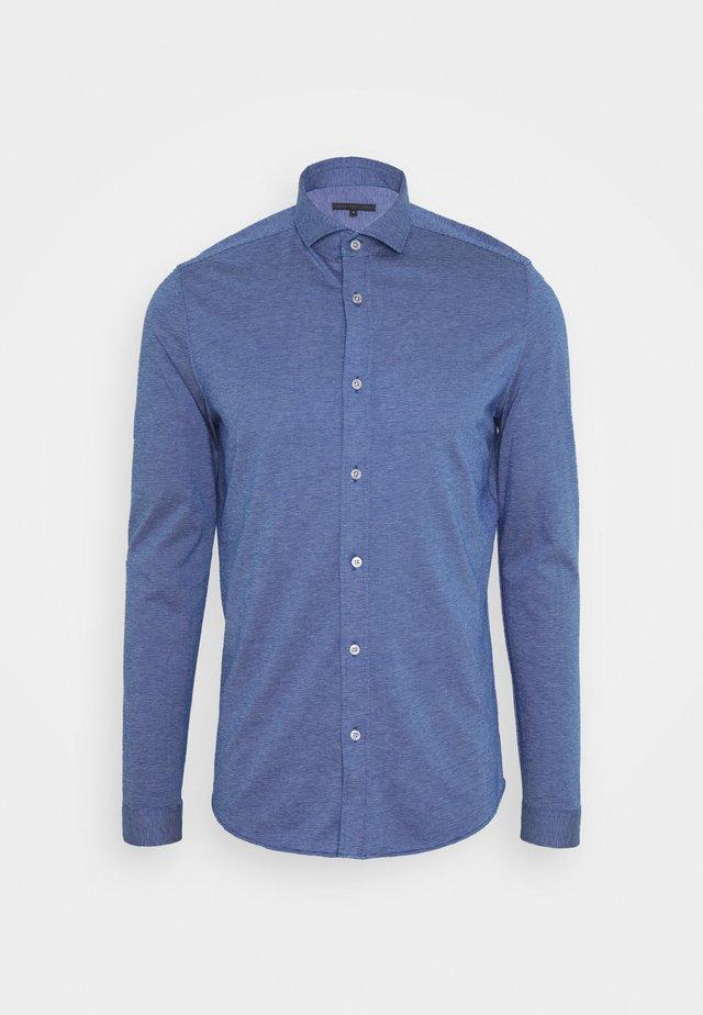 SOLO - Skjorter - blau