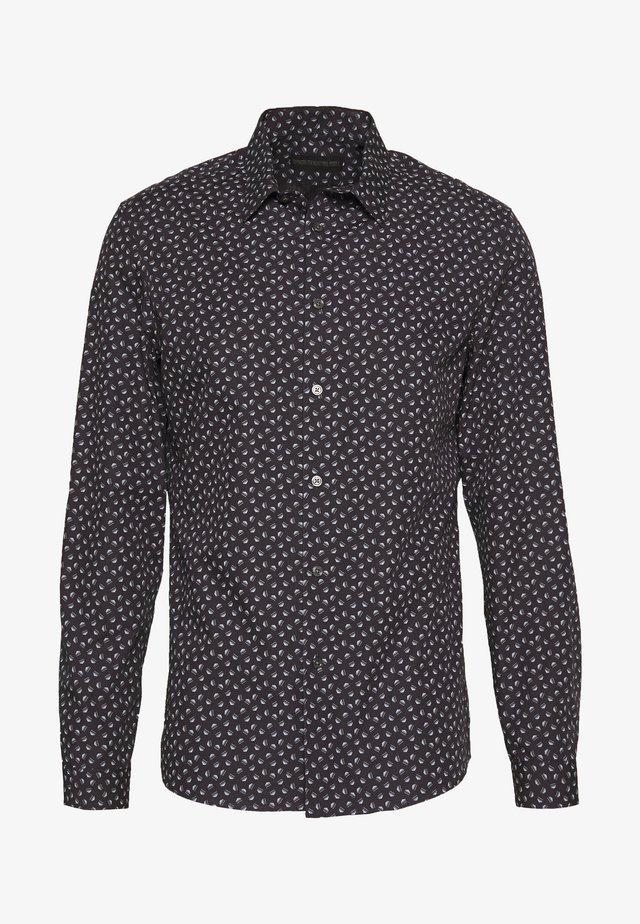 RUBEN - Skjorter - blau