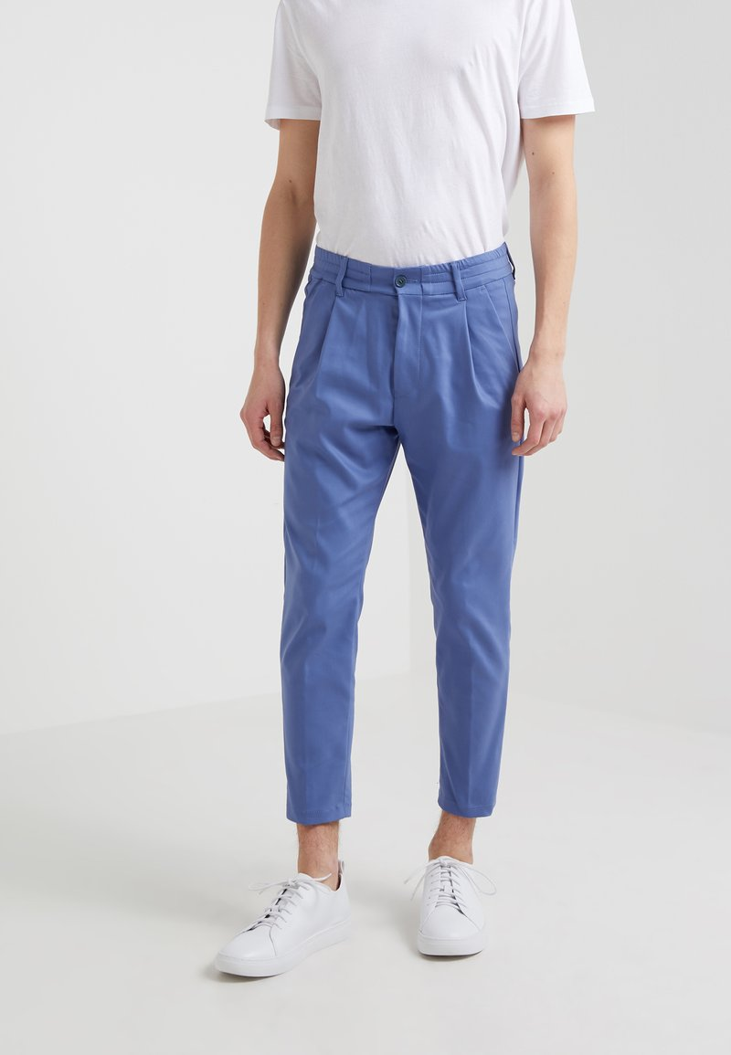 DRYKORN - CHASY - Pantalones - light blue