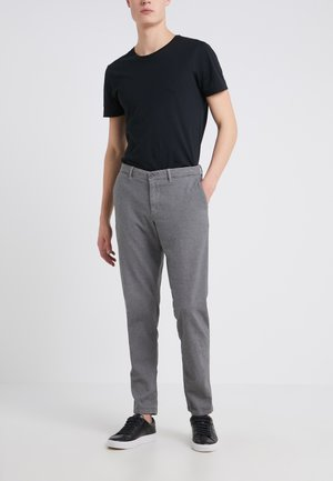 MAD - Spodnie materiałowe - grey
