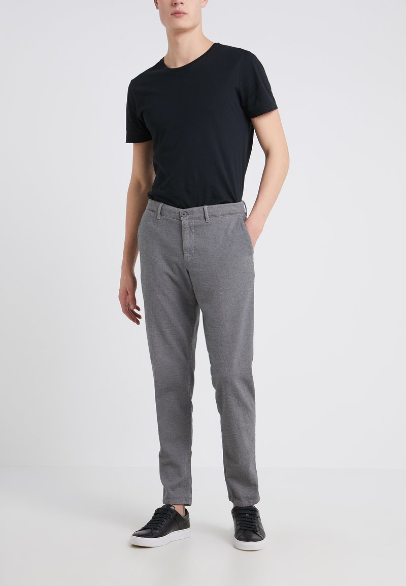 DRYKORN - MAD - Trousers - grey