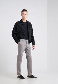 DRYKORN - MAD - Spodnie materiałowe - grey - 1