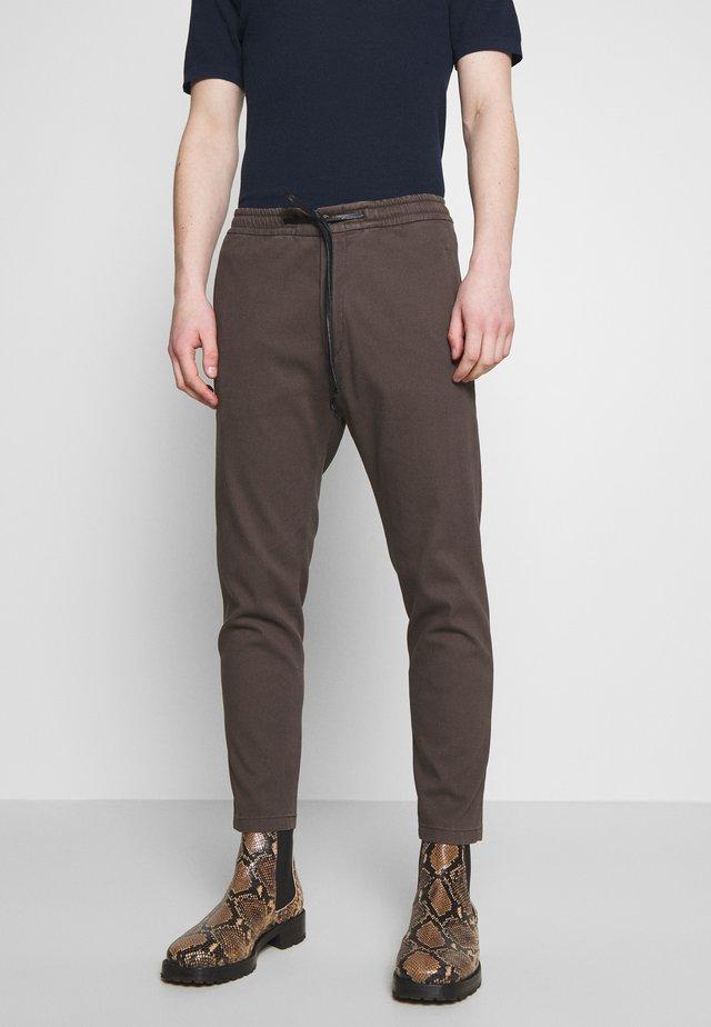 JEGER - Kalhoty - brown