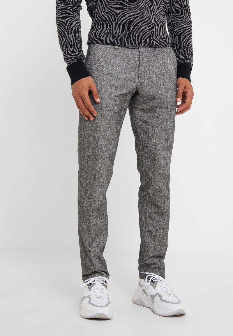 DRYKORN - Spodnie materiałowe - mottled grey