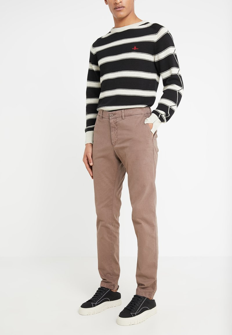 DRYKORN - MAD - Trousers - beige