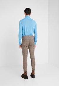 DRYKORN - BREW - Pantalones - beige/brown - 2