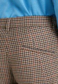 DRYKORN - BREW - Pantalones - beige/brown - 4