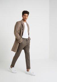 DRYKORN - BREW - Pantalon classique - light brown - 1