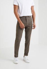 DRYKORN - BREW - Pantalon classique - light brown - 0