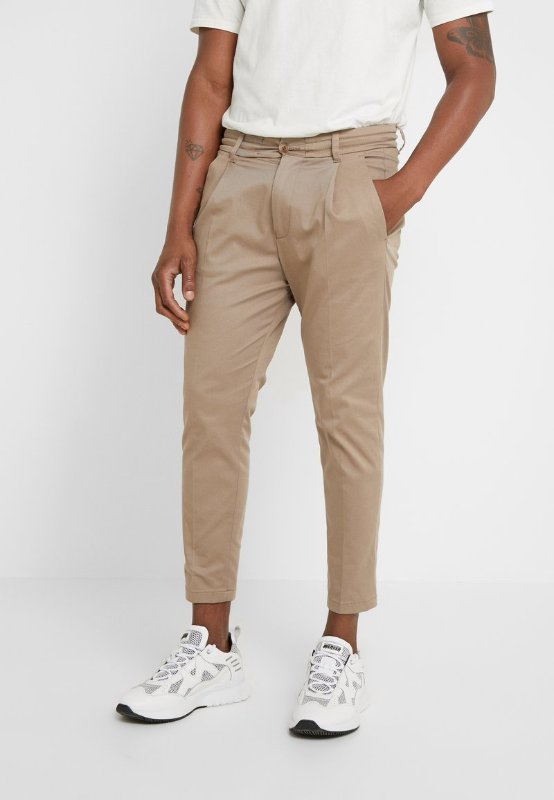 DRYKORN - CHASY - Pantalon classique - beige