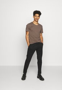 DRYKORN - MAD - Chinos - black - 1
