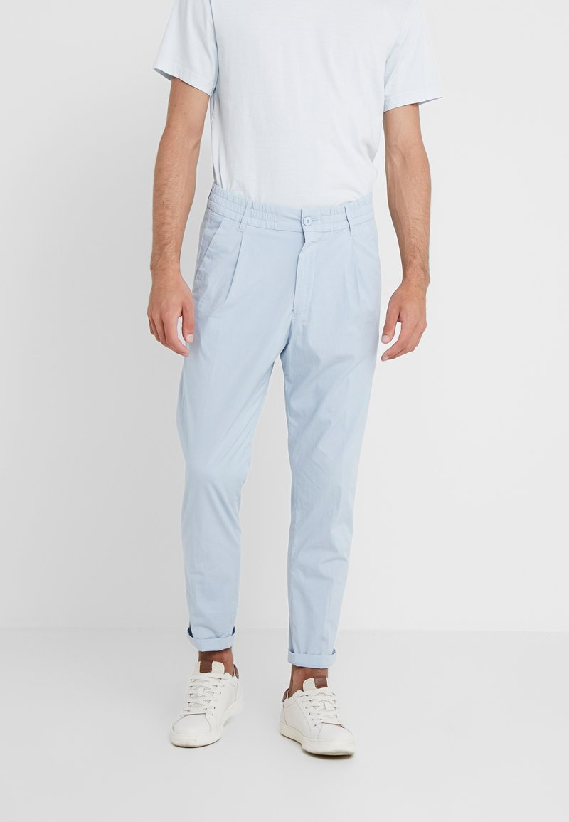 DRYKORN - CHASY - Pantaloni - light blue